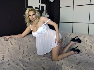 LucyLoo - Show sexy et webcam hard sex en direct sur XloveCam®