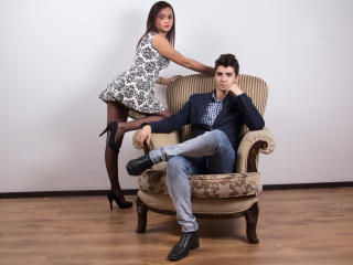 EricAndNicki - Sexy live show with sex cam on XloveCam