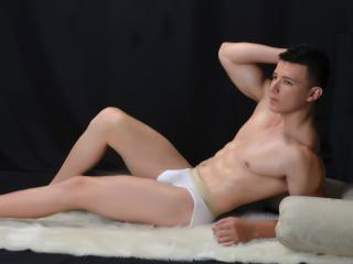BastianMeyers - Sexy live show with sex cam on XloveCam