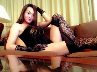 OneHotty69 - Sexy live show with sex cam on XloveCam