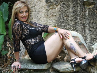 SexyHotMature - Live hard with a latin american Gorgeous lady