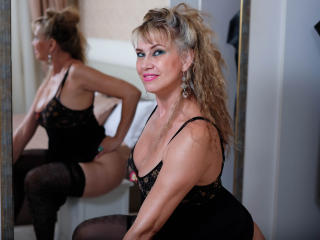 LadyMariahX - Webcam exciting with this golden hair MILF