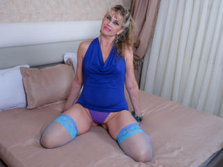 LadyMariahX - online chat nude with this White Mature