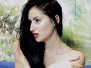 DeliciousCris - Sexy live show with sex cam on XloveCam®