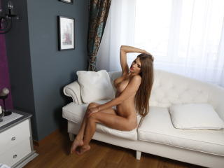 AngeAnna - Sexy live show with sex cam on XloveCam