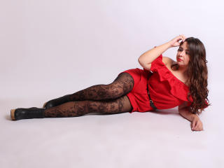 SofiaDevil - Sexy live show with sex cam on XloveCam®