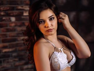 RicaY - Sexy live show with sex cam on XloveCam®