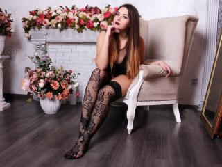 SofiaDevil - Live cam exciting with this so-so figure Young lady