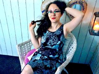 OhMyMoxie - Cam xXx with this reddish-brown hair 18+ teen woman
