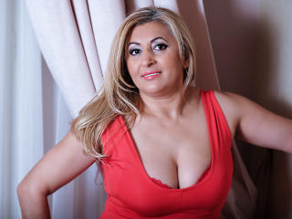 MatureEroticForYou - Chat exciting with a light-haired Mature