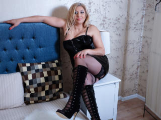 MatureEroticForYou - Chat hot with this platinum hair Mature