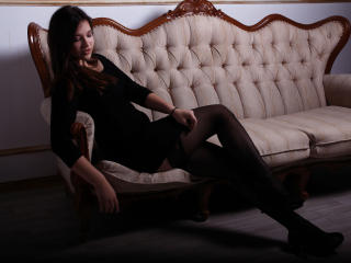 KiraDelight - Sexy live show with sex cam on XloveCam®