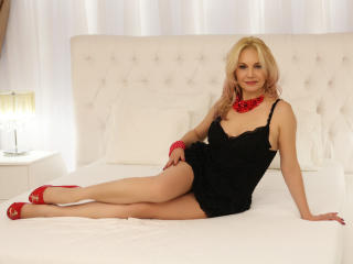 StunningLadyx - Sexy live show with sex cam on XloveCam®