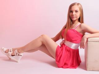 KellyCruze - Live hard with a golden hair Young and sexy lady