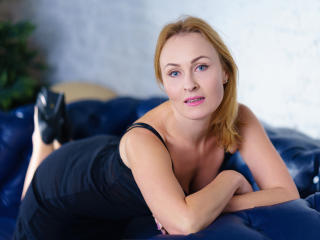 NatalySun - Show sexy et webcam hard sex en direct sur XloveCam®