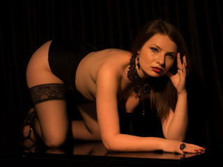 AnastasiaDomme - Web cam nude with a Dominatrix with regular tits