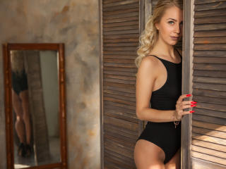 ProvenceRose - Show sexy et webcam hard sex en direct sur XloveCam®