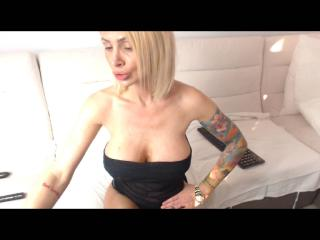 SexyCynthyaX - Web cam exciting with this gigantic titty Hot chick