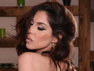 LovelyKinsley - Live porn & sex cam - 4201625