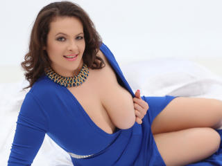 YourDreamMilf - Sexy live show with sex cam on XloveCam®