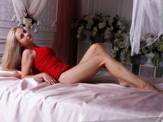 Sexy nude photo of TeachMeToDream
