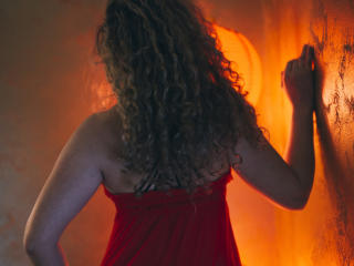 CurlySmile - Sexy live show with sex cam on XloveCam®