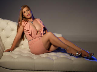 CapableBrianna - Show sexy et webcam hard sex en direct sur XloveCam®