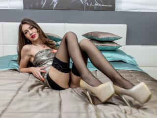 Selenia - Sexy live show with sex cam on XloveCam®