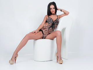 KellyWylde - Show sexy et webcam hard sex en direct sur XloveCam®