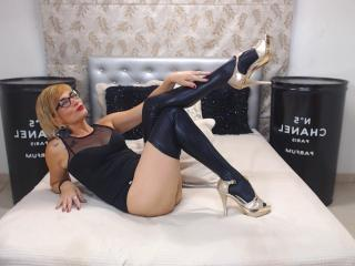 ChelyBlondex - Show live x with a unshaven pussy Sexy mother