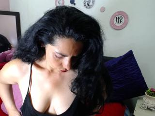 Kokea - Live exciting with this latin Mature