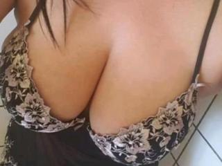 ExtraFontaine - Cam hot with a shaved pubis Mature