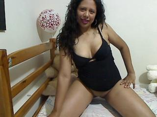 SweetBrunett - Chat live hot with a shaved sexual organ Hot chick