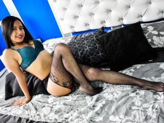 Emilyfique - Show live hot with this shaved sexual organ Sexy babes