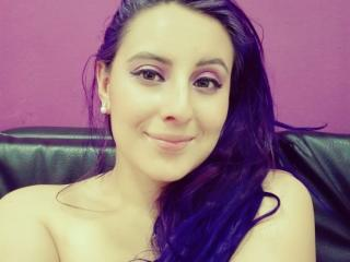 VioletLee - Webcam live hot with this latin american Lady