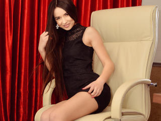 Sexy nude photo of CaraVinia