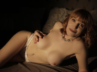RedHeadMature - Web cam hot with this enormous melon Mature