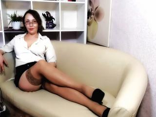 ChaudMILFIrene - Live chat exciting with a platinum hair Lady over 35