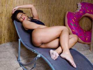 HotLissy - Webcam hot with a trimmed private part Lady