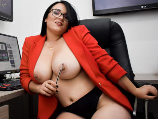 LeahFoster1 - Chat live xXx with a Sexy babes