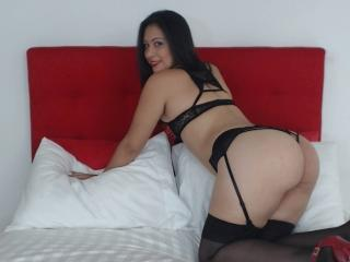 GlamLolita69 - Live xXx with a brunet Young and sexy lady