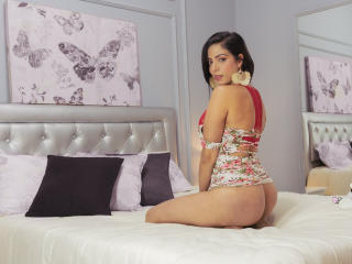 DannaX - Live cam exciting with this latin american Hot chicks