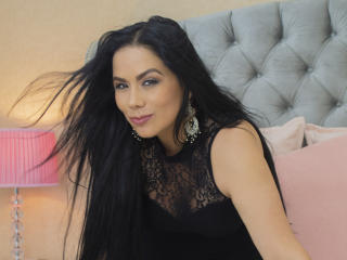 MarianaVelezz - Chat cam sexy with a large chested Attractive woman