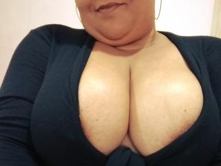 Picture of the sexy profile of VennusBBW, for a very hot webcam live show !