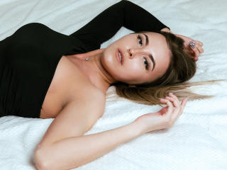 MaryLite - Chat cam x with a blond Hot chicks