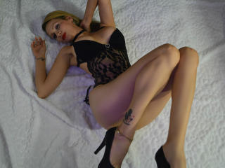 VioletaBlonde - Video chat nude with this latin american MILF