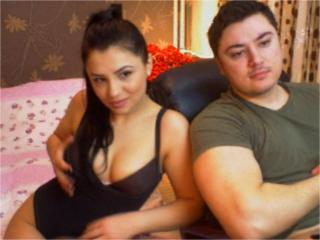 AnalShowXXL - online chat x with a average body Female and male couple
