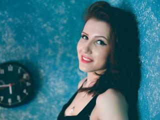 MalvinaMee - chat online sexy with this White Young lady