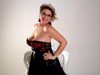 Sexet profilfoto af model ClassyCarolyn, til meget hot live show webcam!