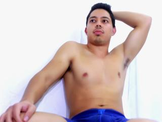FrancisWestt - Video chat hot with this latin Homosexuals